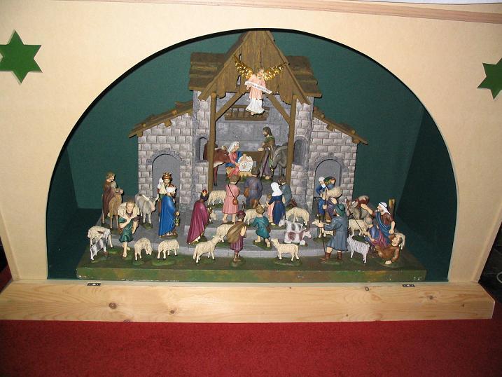 Szentcsalád az egegi temploban  Csáky Károly felvételén