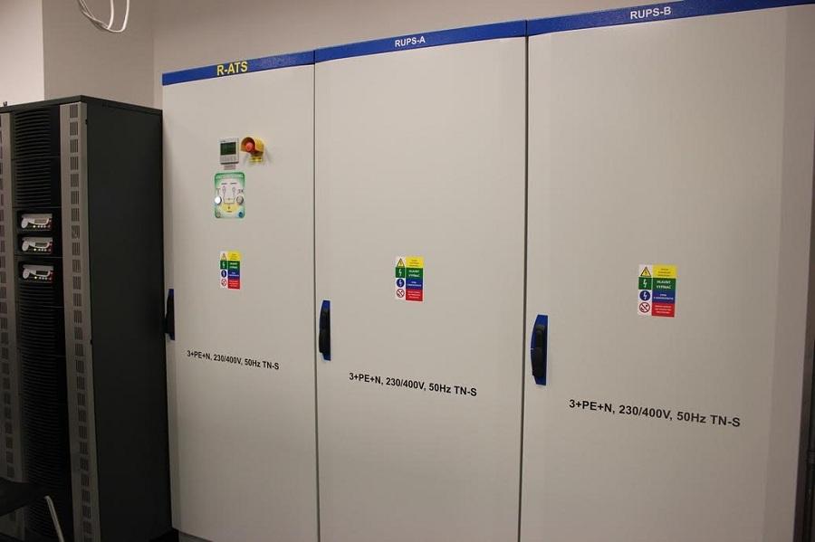 Elektromos berendezések szekrénye