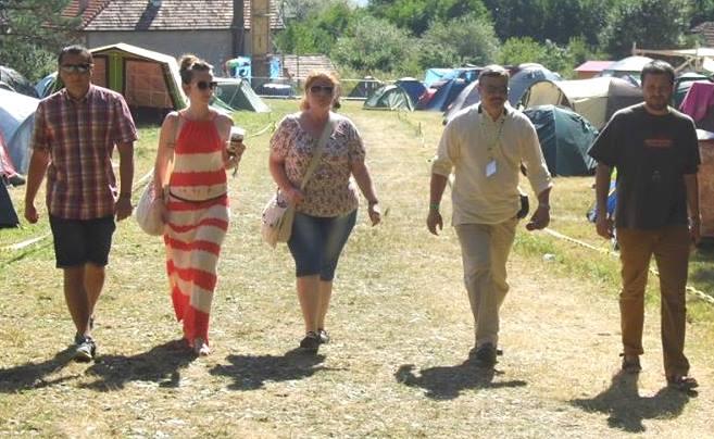 A Gombaszögi Nyári  Táborban Cziprusz Zoltánnal Susányi Máriával Berényi Józseffel és Orosz Örssel
