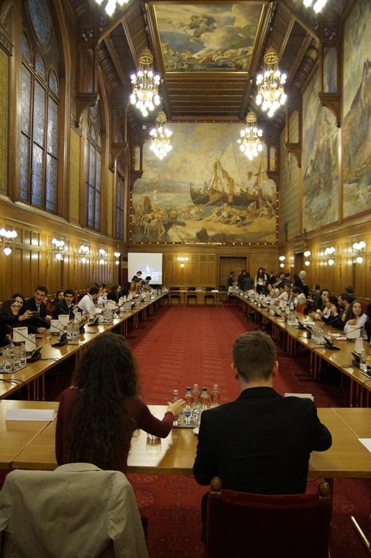 Az Európai Ifjúsági Hétvége konferenciája