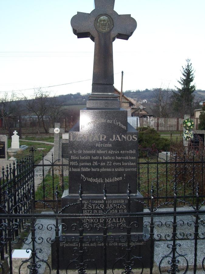 Lestár-sír Gyerken Csáky Károly felvételén