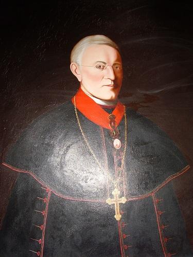 Palásthy Pál portréja a róla elnevezett iskola folyosóján Csáky Károly felvételén