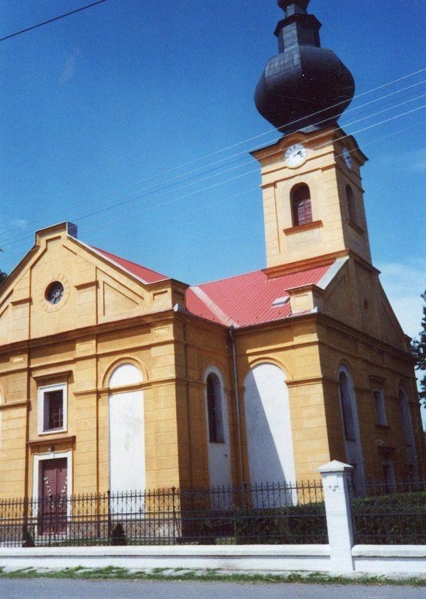 A kiscsalomjai evangélikus templom ahol Gáspárt keresztelték   Csáky Károly felvételén
