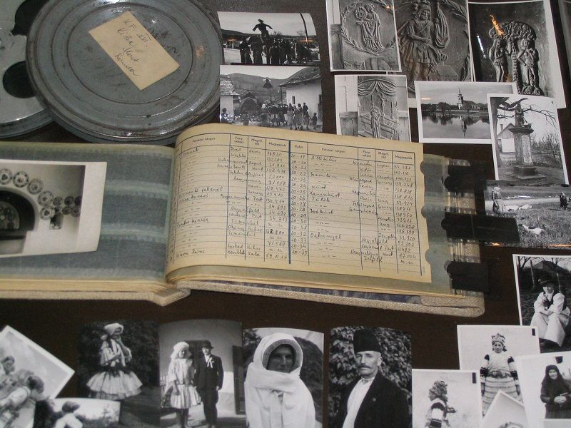 Manga felvételei és főleltárkönyve a Palóc Múzeumban Csáky Károly felvételén