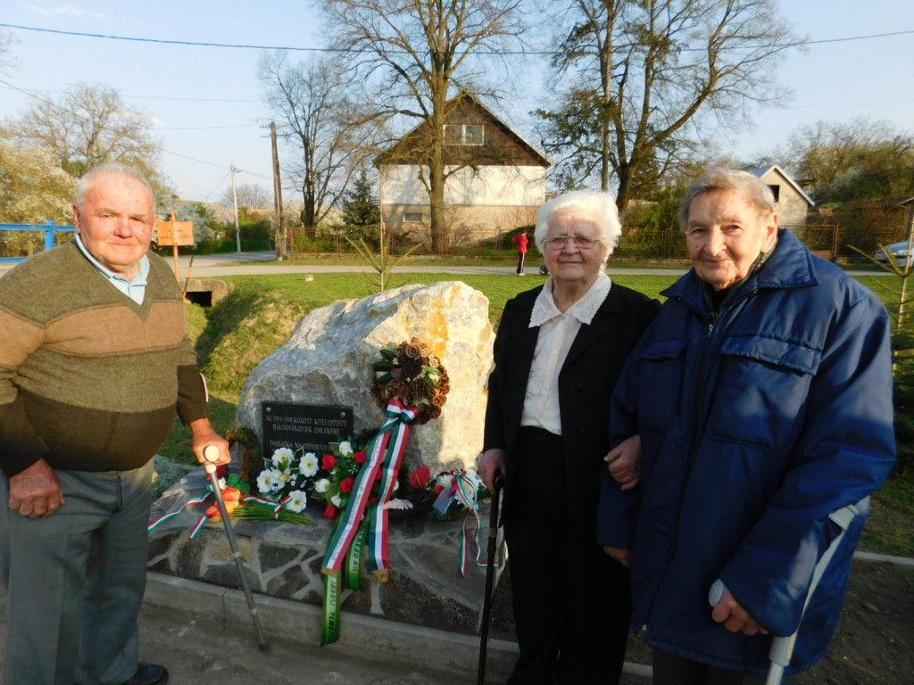 Bódi János, Homoly Magda, Bán Ilona (Fotó: HE)