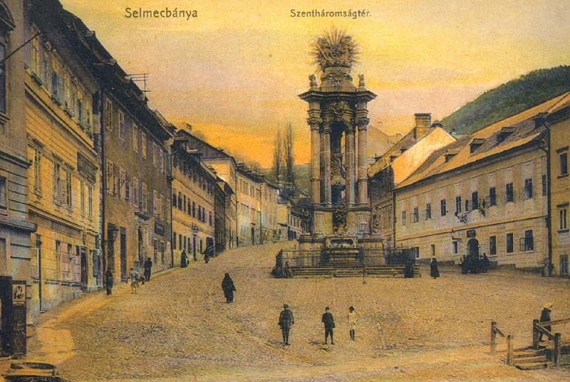 A Szentháromság tér Selmecbányán, ahol Pajor is gyakran megfordult