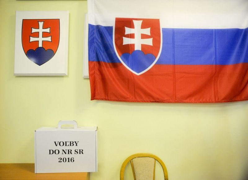 A magyar választók nem tömték tele az urnákat – megvolt rá az okuk... (kép: webnoviny.sk)