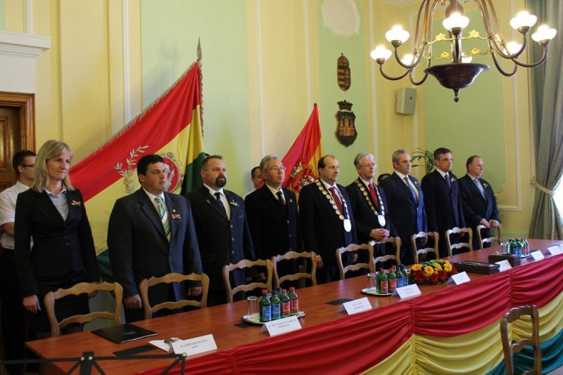 Az ünnepi testületi ülés a 25. Komáromi Napokon. Fotó: sze