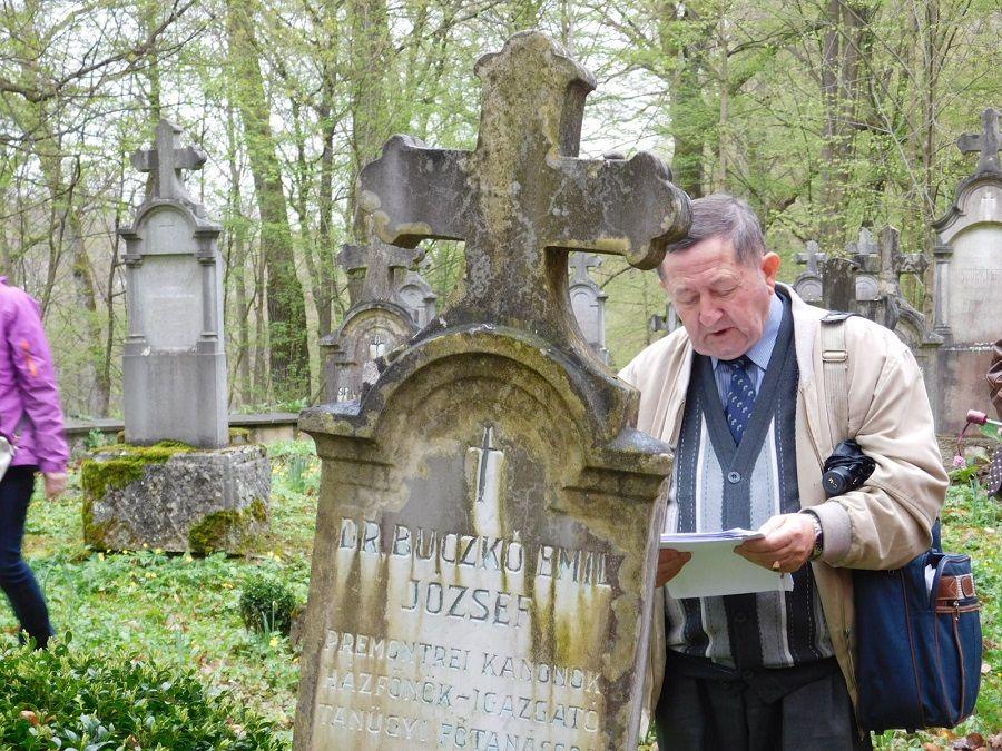 Besenyi Vendel küldött Buczkó Emilre emlékezik. Kép: HE