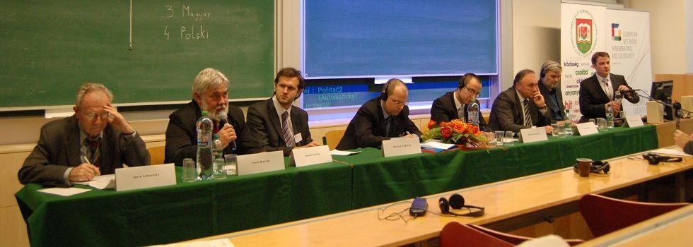 A kerekasztal-beszélgetés résztvevői a nyitrai Esterházy-konferencián 2014 március 4-én (Fotó: Gerencsér Tibor)