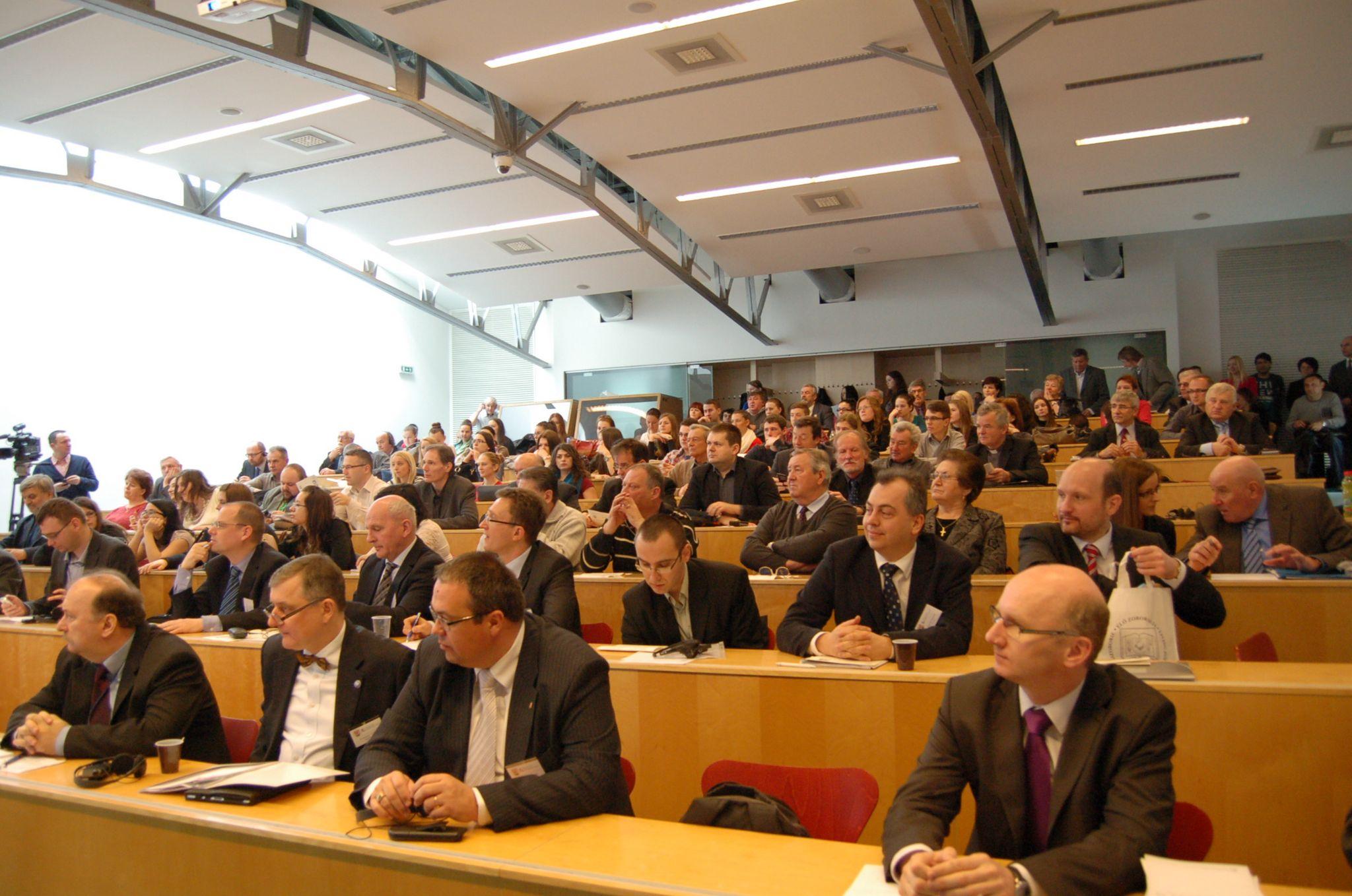 A konferencia közönsége a Nyitrai Konstantin Filozófus Egyetemen (Fotó: Gerencsér Tibor)