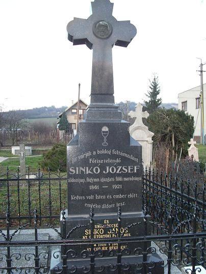 Egy Sinkó-sír Gyerken Csáky Károly felvételén