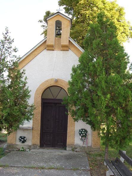 Gyerki temetőkápolna Csáky Károly felvételén