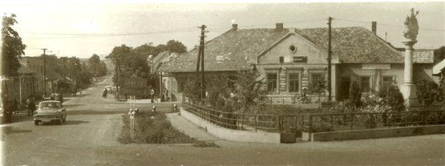 Ipolynyék főtere egy régi képeslapon