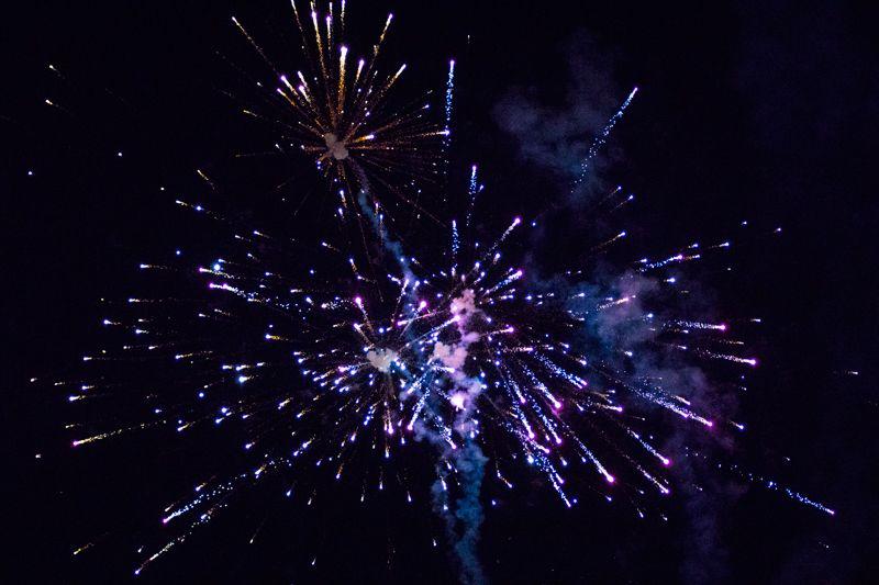 A régi stadion tűzijátékkal búcsúzott afutballkedvelő közönségtől