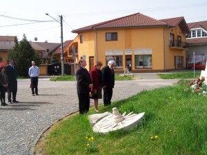 Tiszteletadás Párkányban a Sobieski szobornál