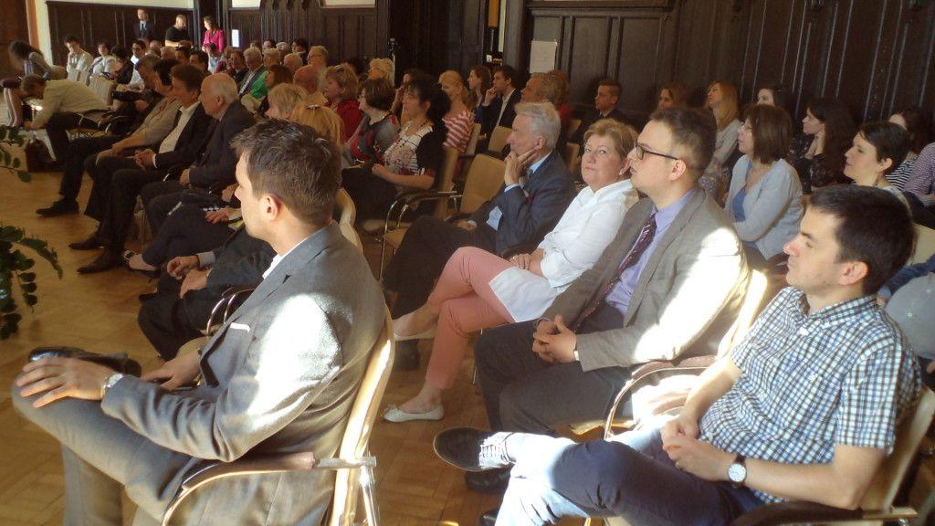 Vizi E. Szilveszter és Szili Katalin_a hallgatóság soraiban (Fotó: GG)