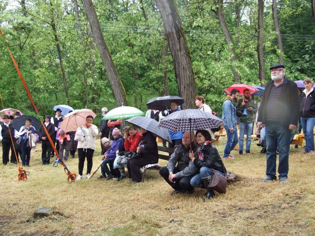 Az eső sem riasztotta el a közönséget