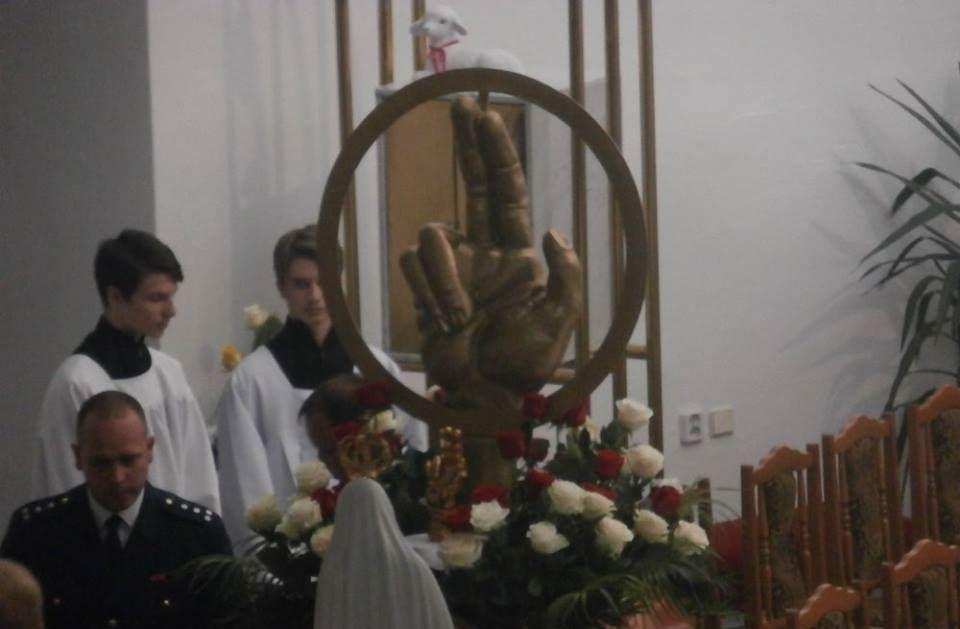 A makranci templomban elhelyezett Szent István király ereklye (Fotó: Zborai Imre)