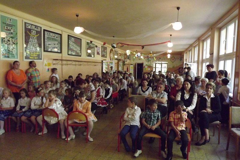 Az ünnepség résztvevői (Fotó: Miriák Ferenc)