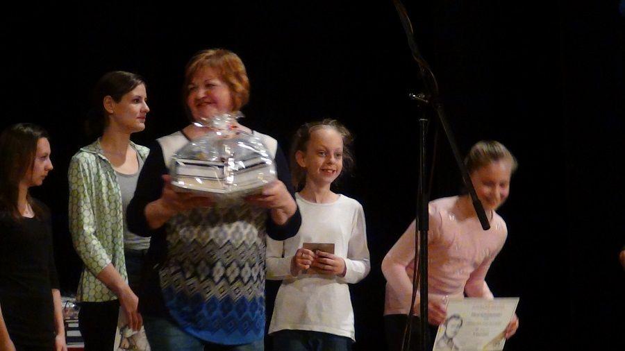 Jarábik Gabriella, a gyermekszínpadok felkészítője (Fotó: HE)