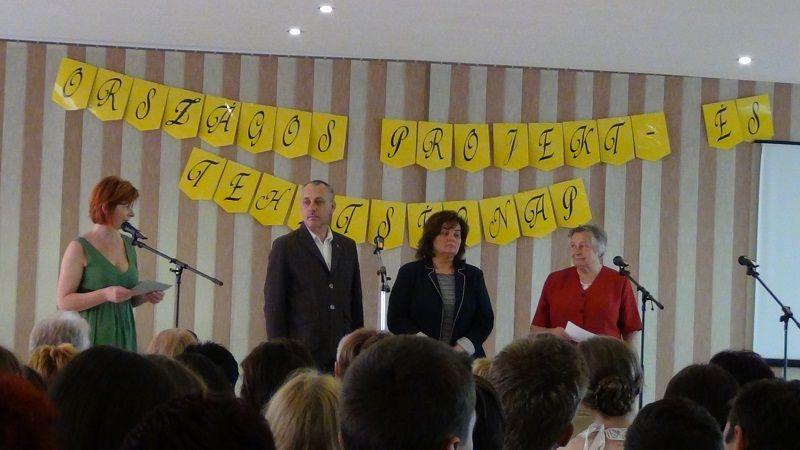 Jókai Tibor, Nagy Katalin és Ádám Zita köszöntötte a résztvevőket a megnyitón (Fotó: HE)