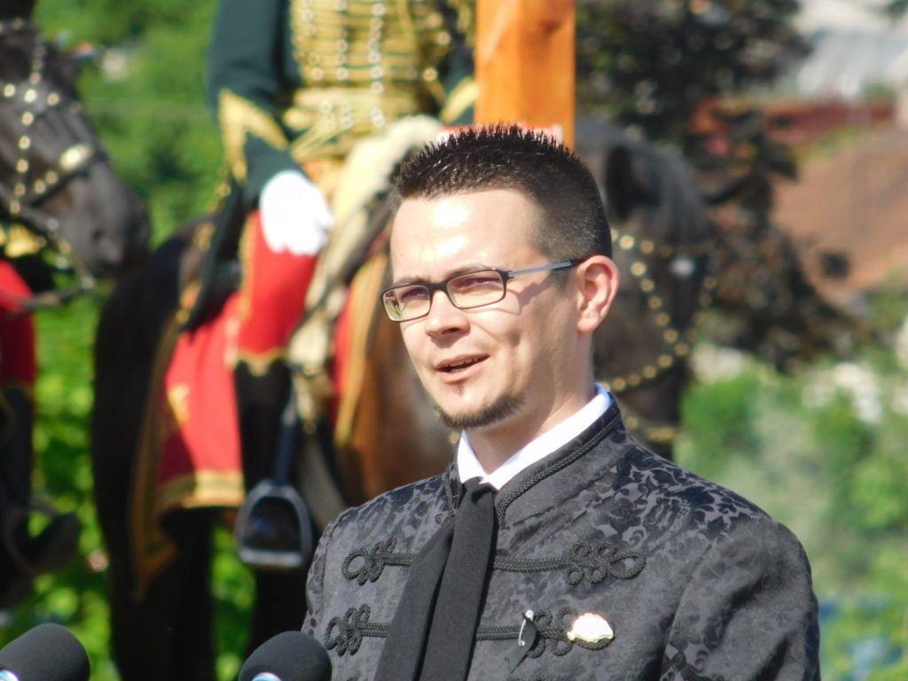 Janiczak Dávid polgármester arra buzdított, hogy a magyarság legyen erős és tartson össze (Fotó: PD)
