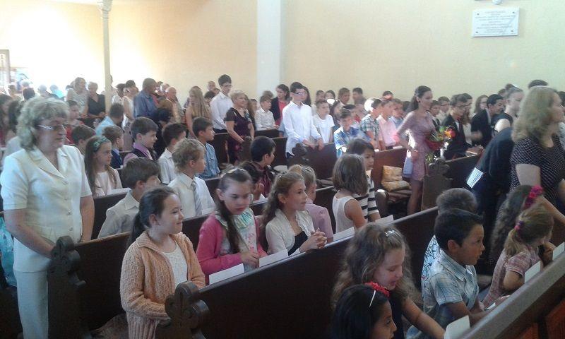 Tanévzáró istentisztelet a Rozsnyói Református Egyházközség Alapiskolájában (Fotó: BB)