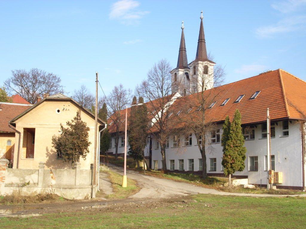 A Káptalan utca, ahol Sajó Sándor született Csáky Károly felvételén