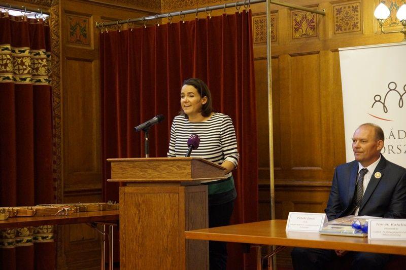 Novák Katalin, az Emberi Erőforrások Minisztériumának család- és ifjúságügyért felelős államtitkára az ünnepségen
