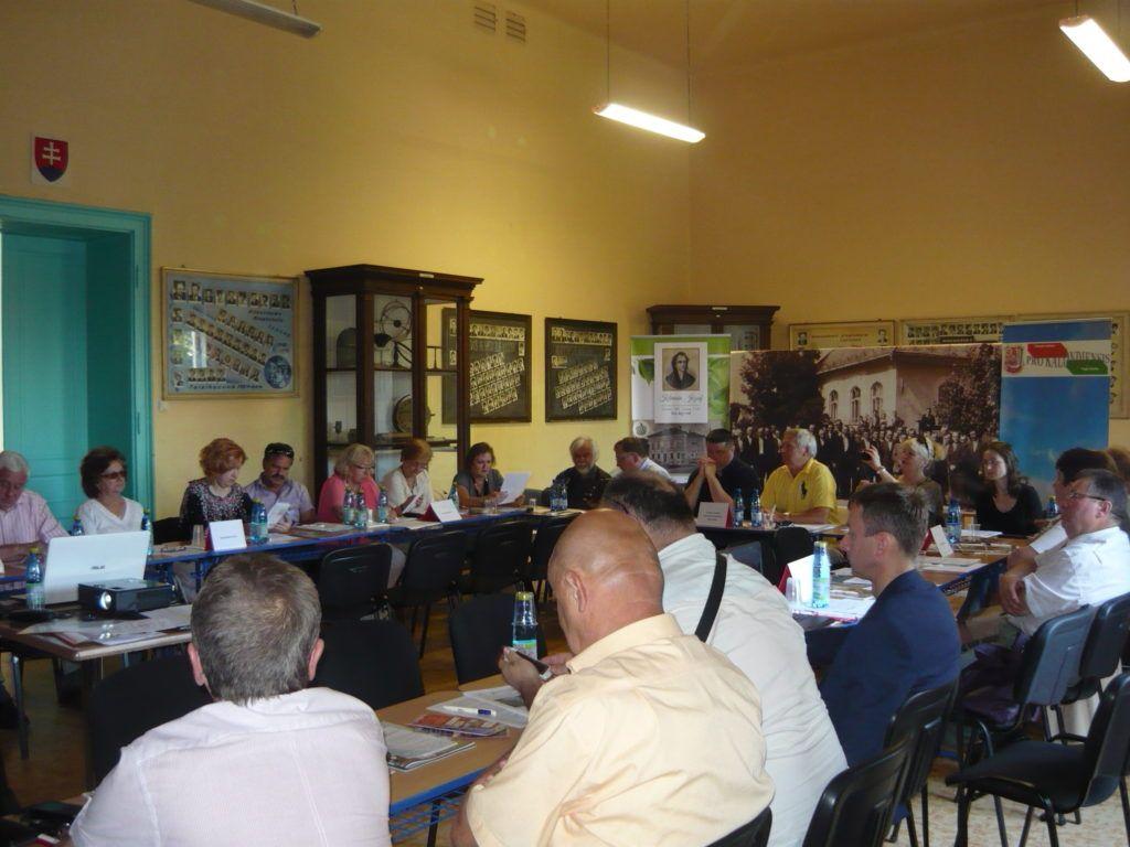 A tanácskozás résztvevői (Fotó: HE)