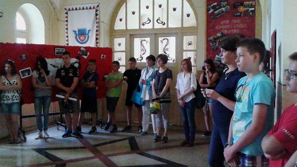 A résztvevők közt Sebők Valéria, az iskola egykori igazgatója is ott volt (Fotó: HE)