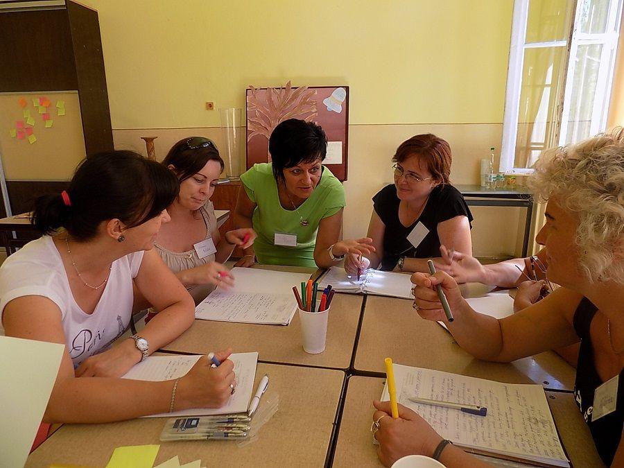 Óvodapedagógusok csoportja a nyári egyetemen (Fotó: HE)