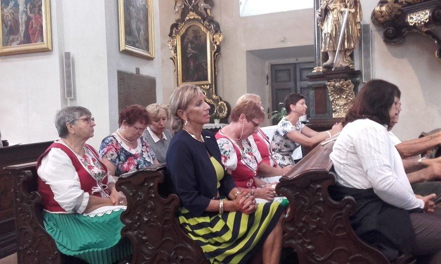 A szentmise résztvevői (Fotó: Kokes János)