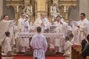 A szentmise mozzanata (Fotó: Molnár Levente)