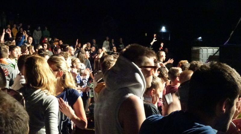 A gombaszögi koncert közönsége. (Fotó: gg)