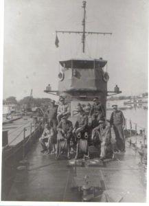 A hajó és legénysége