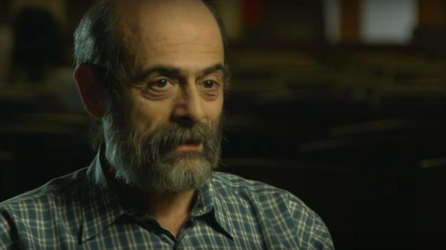 """Miklósi Péter: """"Nekem szerencsém volt, mivel a kezemben foghattam egy dédpapa által faragott kicsi dobozkát, amit az orosz fogságban készített"""""""