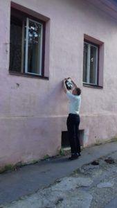 Gyöngyösi lakóházának koszorúzása (Fotó: Beke Zoltán)