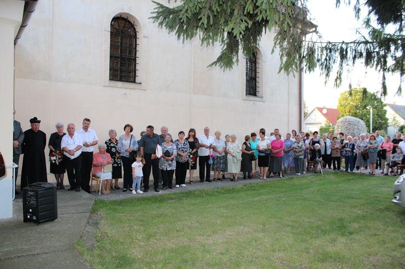A megemlékezés résztvevői (Fotó: Neszméri Tünde/Felvidék.ma)