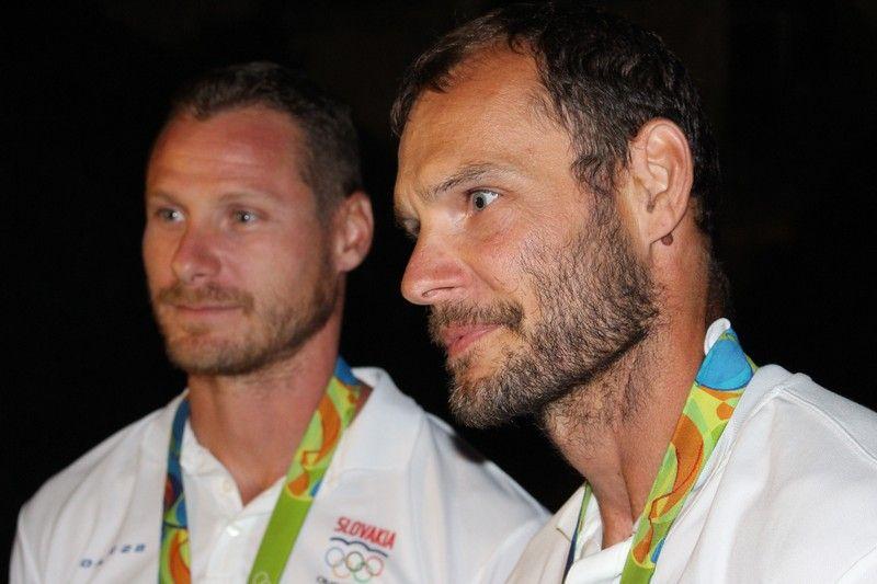 Vlček Erik és Tarr György interjút ad a Felvidek.ma-nak (Fotó: Szalai Erika/Felvidék.ma)
