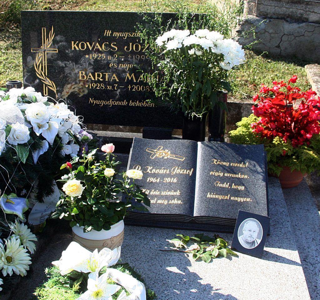 D. Kovács József síremléke Dobfeneken. (Fotó: Farkas Ottó)
