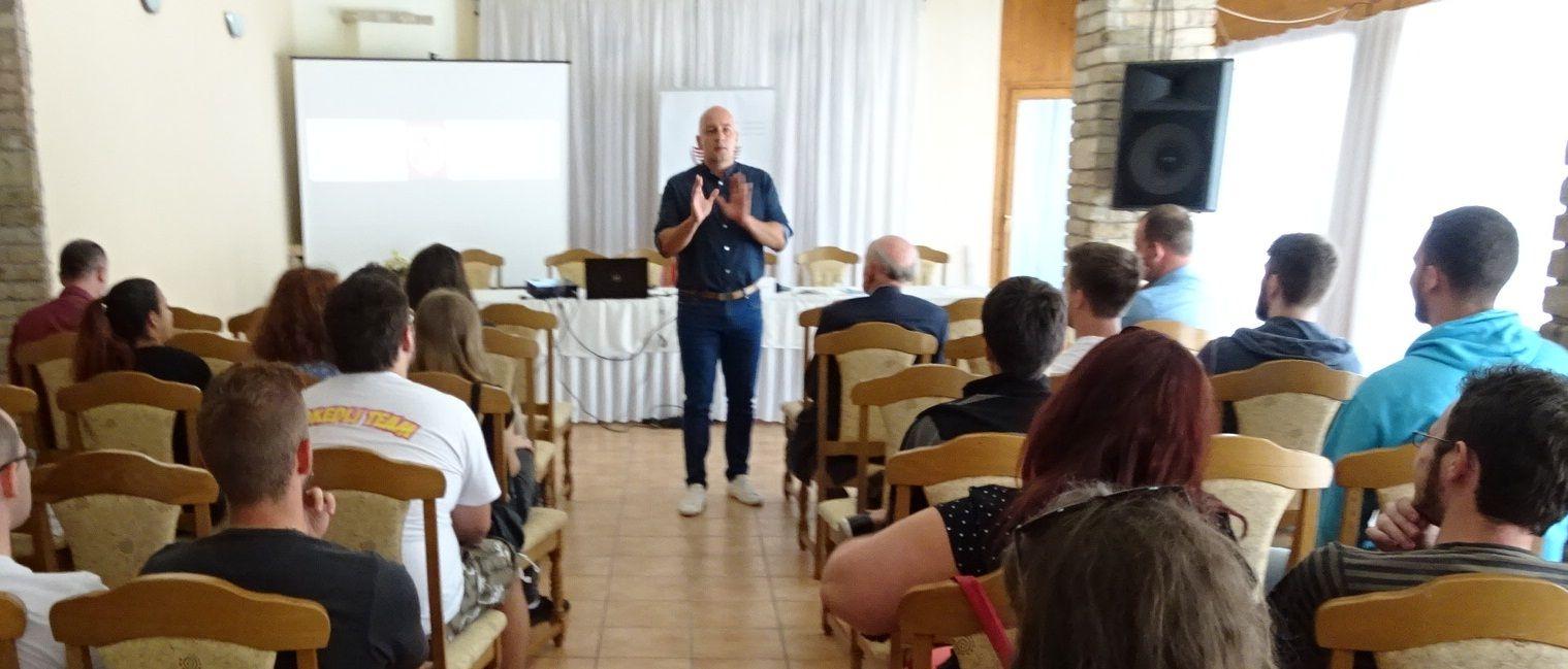 Az MKP elnöke a Rákóczi Szövetség vendégeként járt adott elő Szentendrén. Fotó: Gecse Géza