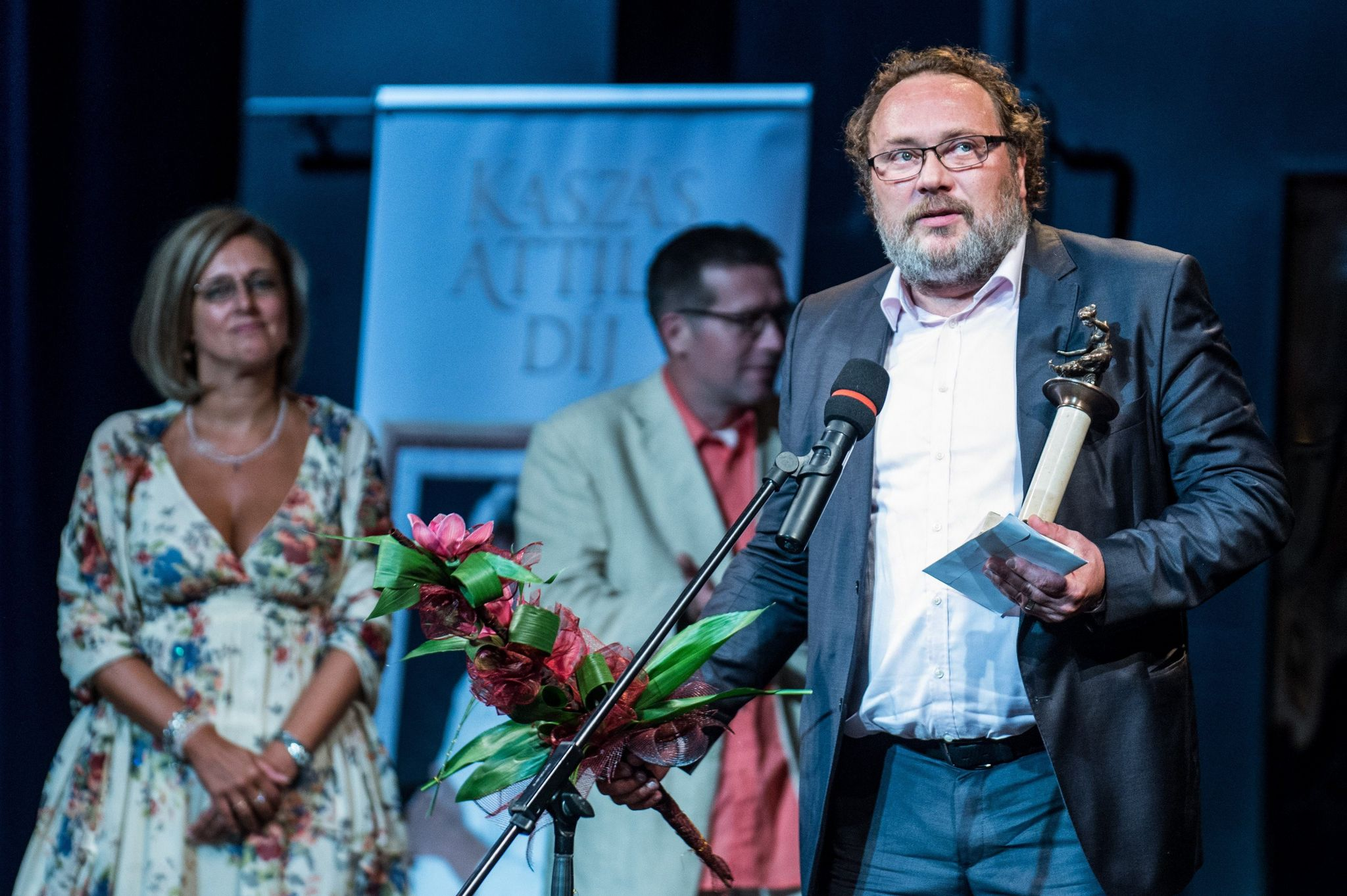 Schneider Zoltán színmûvész, miután átvette a 2016-os Kaszás Attila-díjat Fotó: MTI - Ujvári Sándor