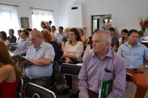 Szakemberek, önkormányzatok és civil szféra is képviselte magát a tanácskozáson (Fotó: Pokrok)