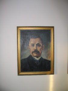 Mikszáth portréja az emlékházban (Fotó: Csáky Károly)
