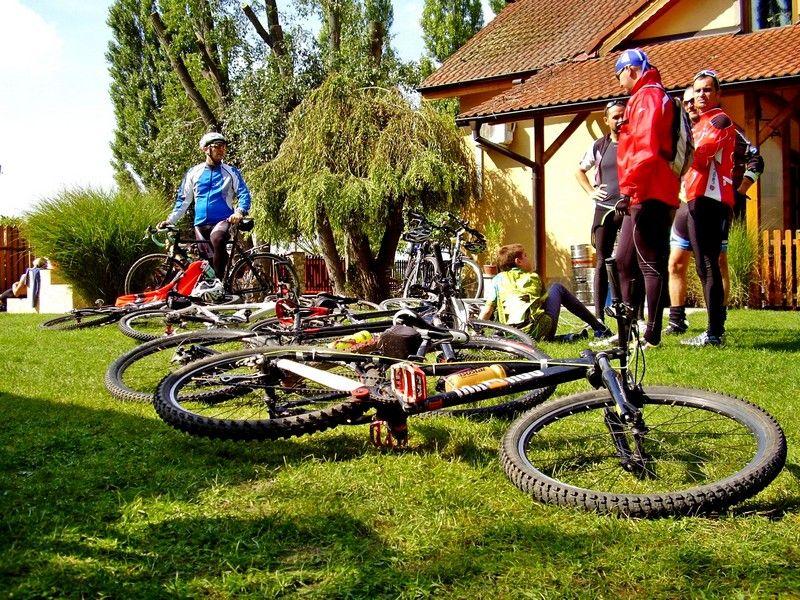 Csendélet kerékpárokkal. (Fotó: Bárány János/Felvidék.ma)