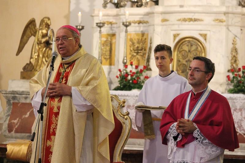 Orosch János érsek és Kiss Róbert püspöki helynök (Fotó: Szalai Erika)