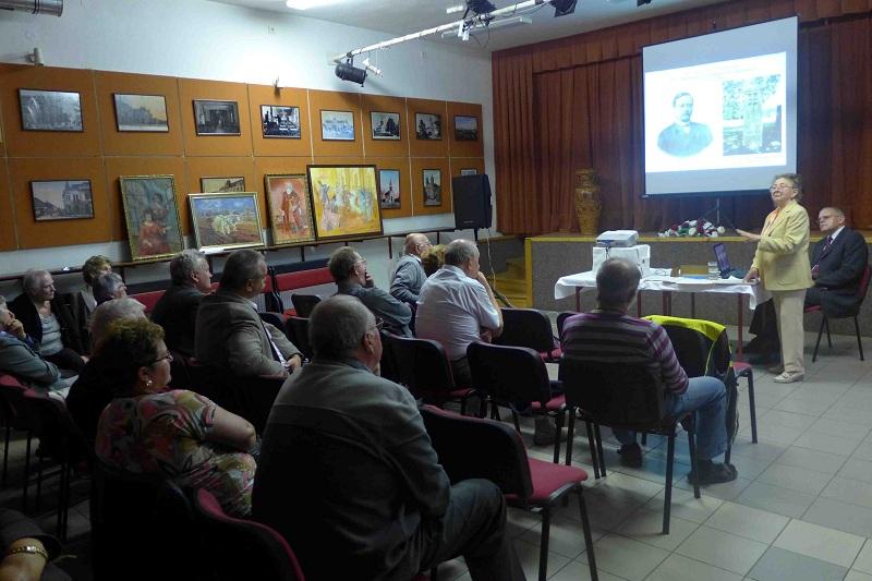 Az érdeklődő közönség. (Fotó: Müller Péter)