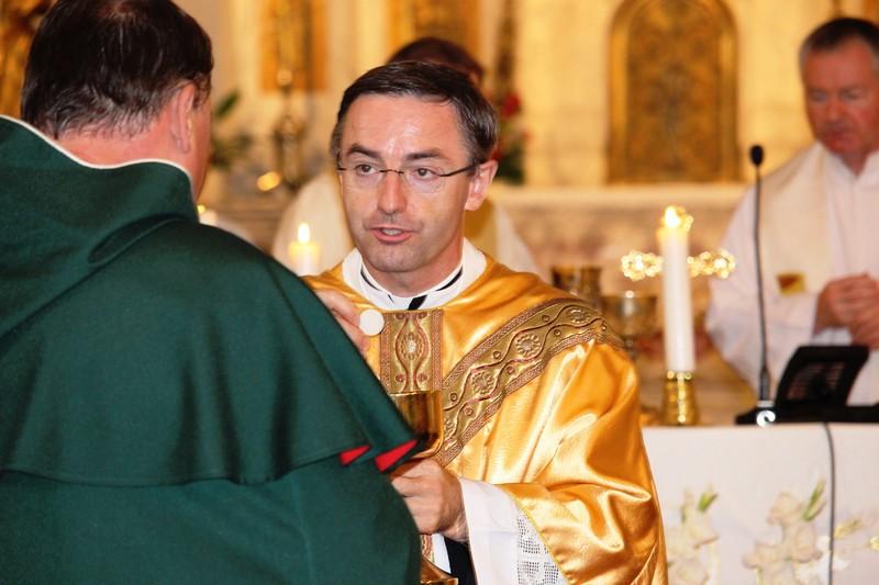 Kiss Róbert, püspöki helynök az áldozásnál (Fotó: Szalai Erika)